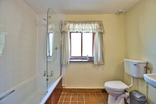 Granary bathroom_1500