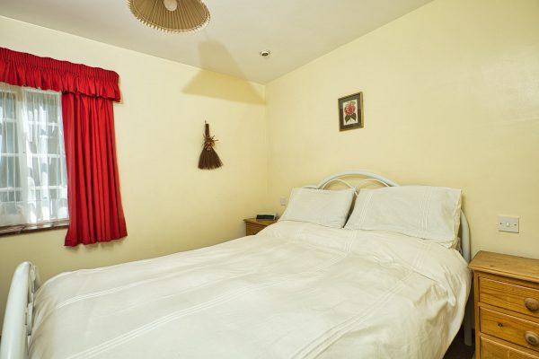 Stable bedroom_1920